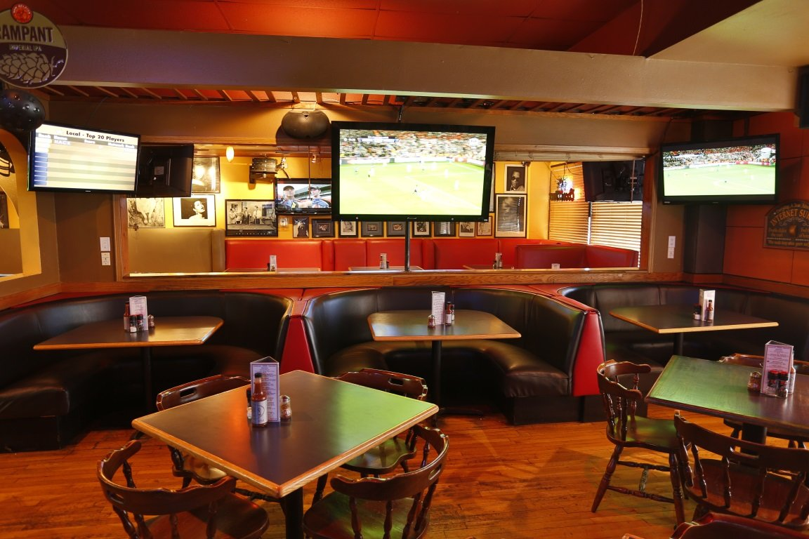 Legends Of Aurora Aurora Family Sports Bar & Grill | Legends of Aurora